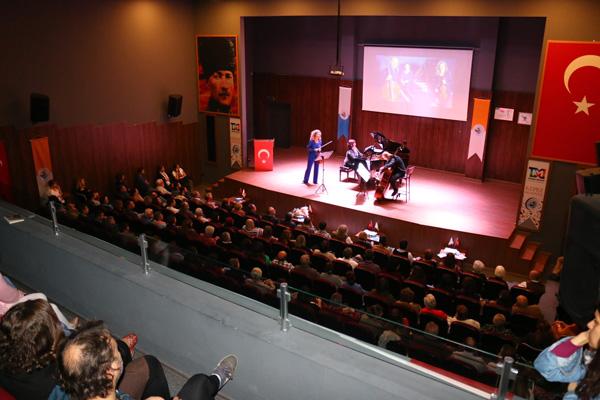 Hacettepe Trio Konseri Kepez'de Gerçekleştirildi