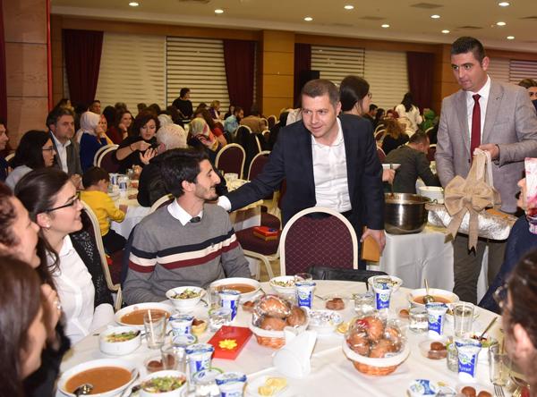 Başkan Kuzu'dan Öğretmenler Günü Yemeği
