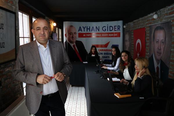Ayhan Gider Çağrı Merkezinde Soruları Yanıtladı