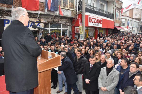 Belediye Başkanı Ülgür Gökhan Pazar Esnafı Ziyaretinin Ardından Cumhuriyet Halk Partisi Ayvacık Seçim Bürosu Açılışına Katıldı