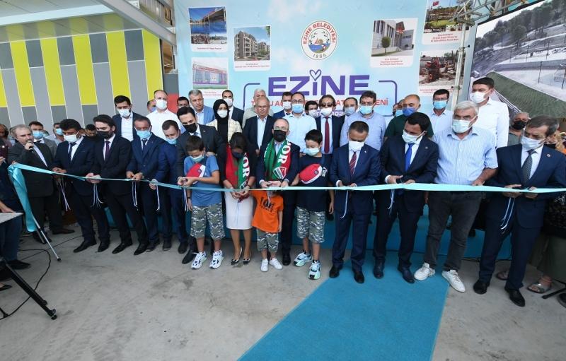 AK Parti Grup Başkanvekili Bülent Turan Ezine'de Bir Dizi Açılışlarda Bulundu