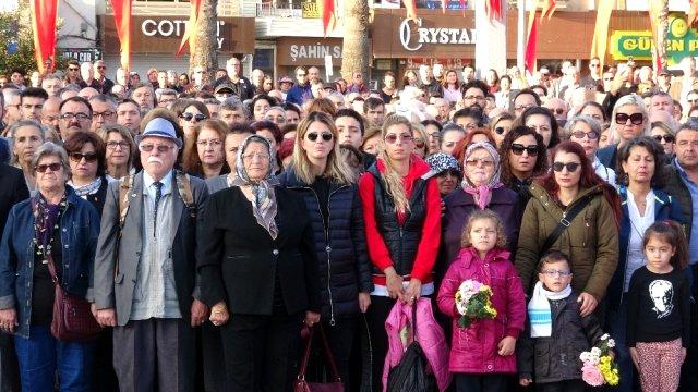 Atatürk, Ölümünün 81. Ölüm Yıl Dönümünde Çanakkale'de Anıldı