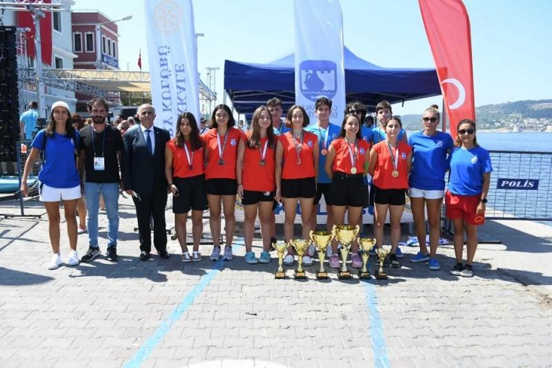 Çanakkale Boğazı Yüzme Yarışına Belediyespor Damga Vurdu