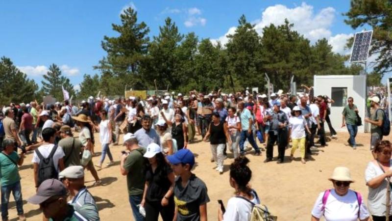 Çanakkale'de Çevreciler, Tepki Gösterdikleri Maden Sahasına Girdi