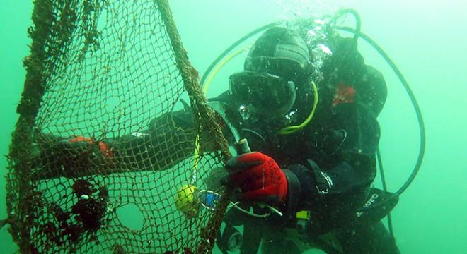 Çanakkale'de Denizler Hayalet Ağlardan Temizlendi