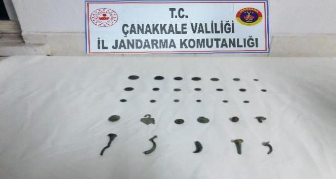 Çanakkale'de Kaçak Tarihi Eser Satmak İsteyen Şahıslara Operasyon