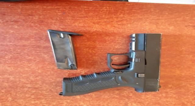 Çanakkale'de Silah Kaçakçılığı Yapan 2 Şüpheli Yakalandı