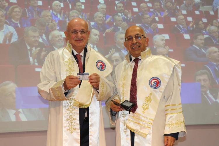 ÇOMÜ'de Akademik Yılı Açılış Töreni ve Fahri Doktora Tevdi Töreni Gerçekleşti