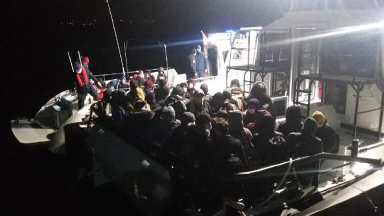 Ezine'de 102 Kaçak Göçmen Yakalandı