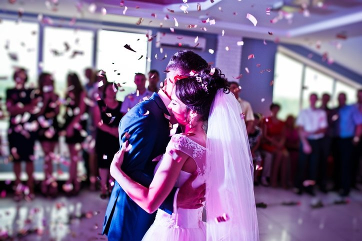 Gelibolu'da Düğünler 3 Saatle Sınırlandırıldı, İkramlar Yasaklandı