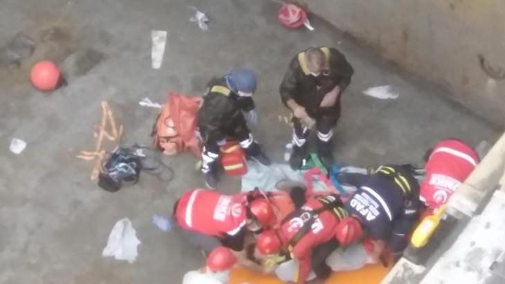 Gemi Ambarına Düşen Gemici Yaralandı