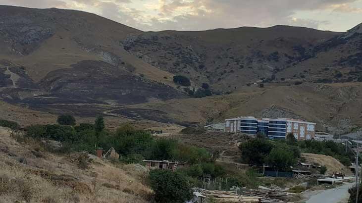 Gökçeada'da Meralık Alanda Çıkan Yangın Söndürüldü