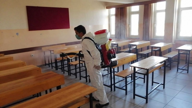 KPSS Alan Bilgisi Sınavı Öncesinde Okullar Dezenfekte Edildi
