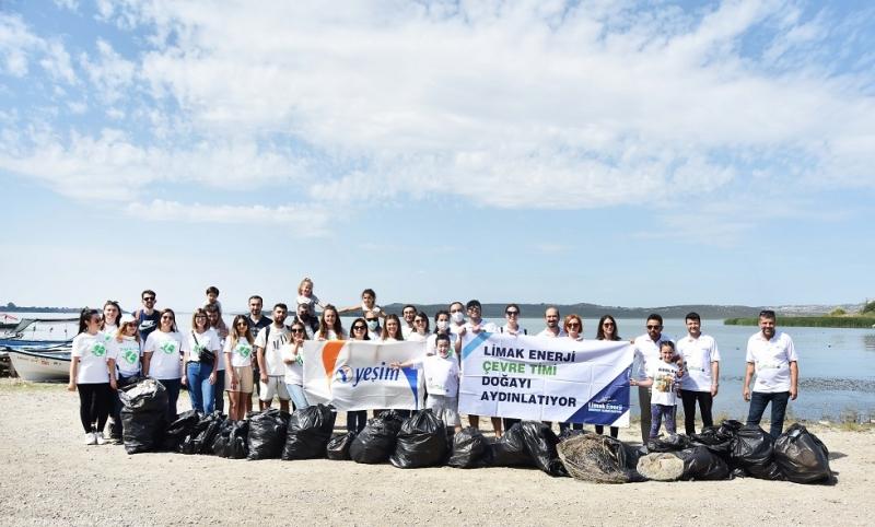 Limak Enerji ve Yeşim Doğa Kulübü, Leyleklerin Uğrak Noktası Gölyazı'yı Temizledi