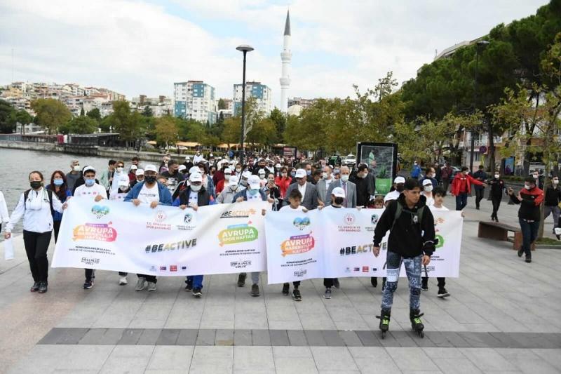 Spor Haftası Etkinlikleri Sağlıklı Yaşam Yürüyüşü İle Başladı