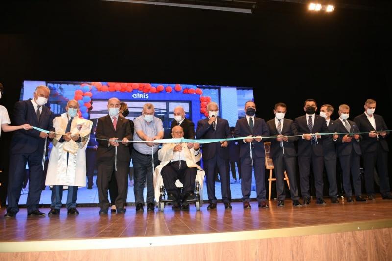 Tacettin Aslan için Fahri Doktora Ünvanı Tevcih Töreni Düzenlendi
