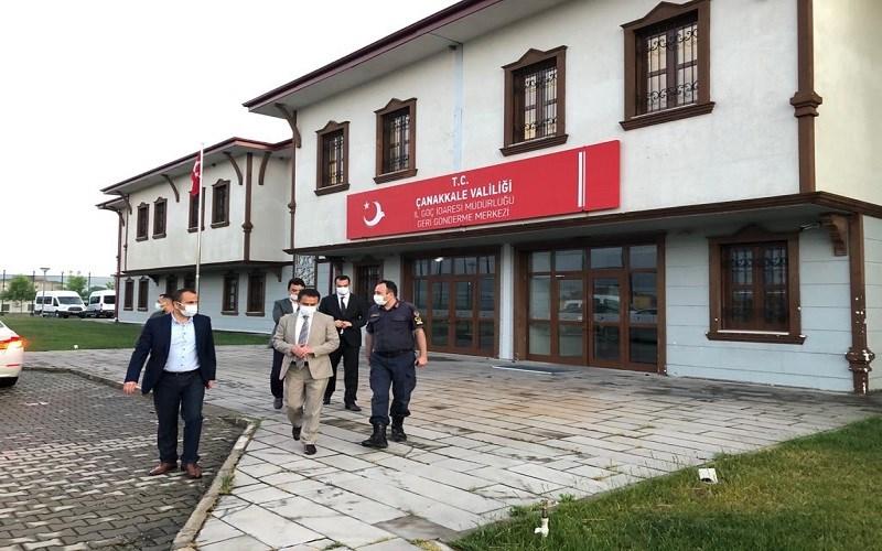 Vali AKTAŞ, Ayvacık Geri Gönderme Merkezinde İncelemelerde Bulundu