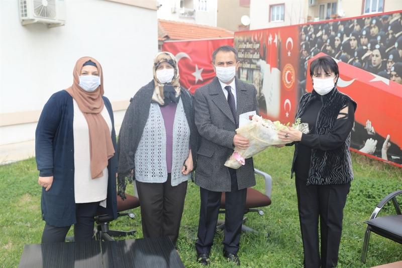 Vali Aktaş, Şehit Aileleri Dernek Başkanlarının 8 Mart Dünya Kadınlar Gününü Kutladı