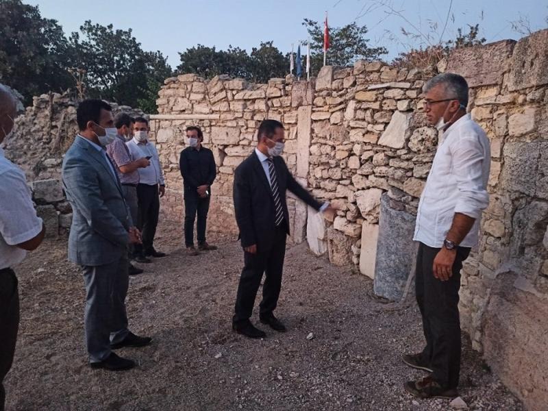Vali İlhami AKTAŞ, Çanakkale Troas Bölgesi Arkeolojik Kazı Başkanlarıyla Bir Araya Geldi