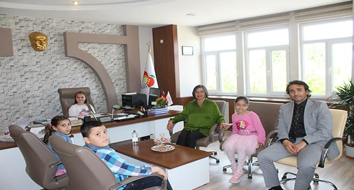 Umurbey Belediye Başkanı Erdal DOĞAN'dan 23 Nisan Mesajı