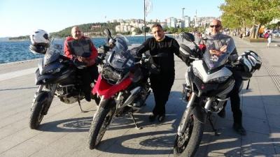 3 Motosiklet Tutkunu, Bayram Tatilini Yolda Geçirdi