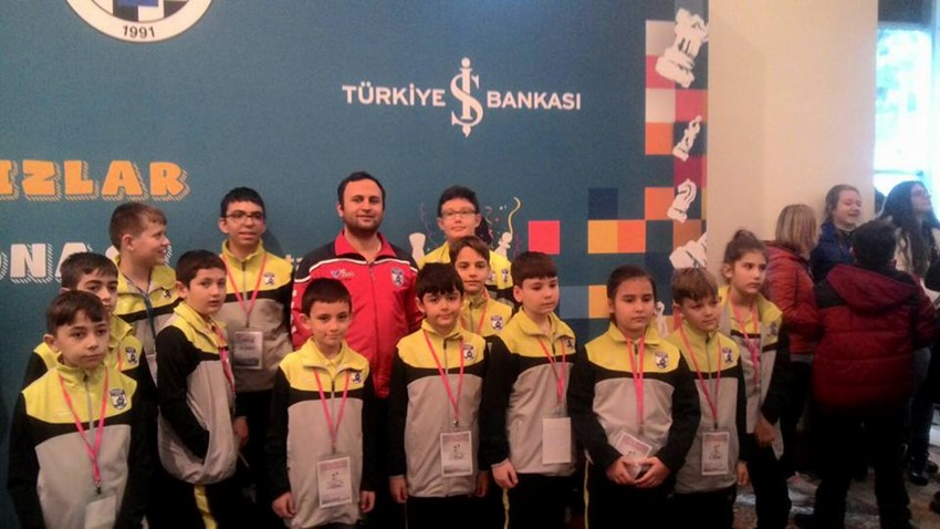 Belediyespor Satranç Takımı Antalya'da Düzenlenen Turnuvaya Katıldı
