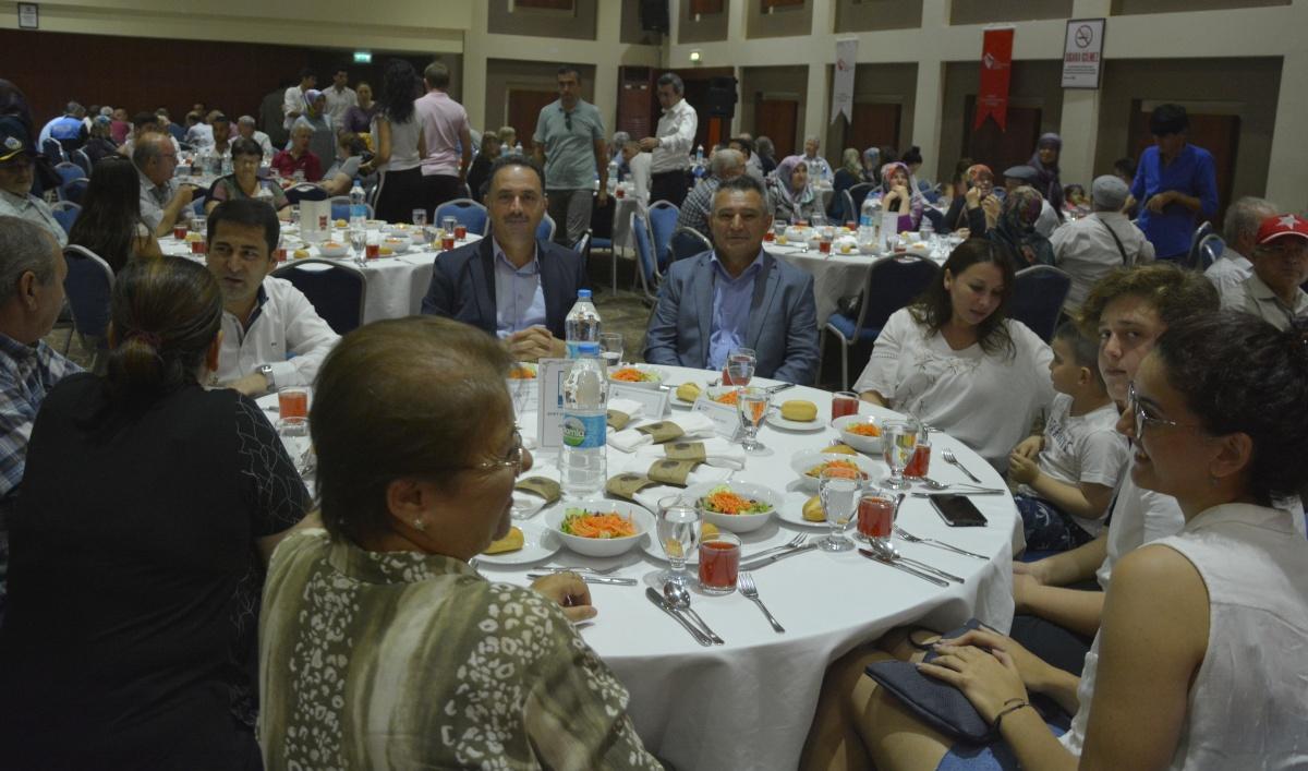 Rektör Prof. Dr. Yücel Acer, Şehit Yakınları ile Gaziler ve Aileleri Onuruna Verilen Yemeğe Katıldı