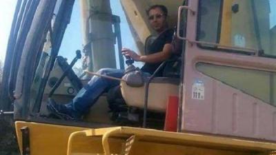 Operatör, Devrilen İş Makinesinin Altında Kalarak Yaşamını Yitirdi