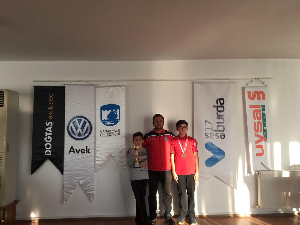 Çanakkale Belediyespor Satranç Takımı'ndan Bir Madalya ve Kupa Daha
