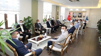 AK Parti İl Başkanı İle İlçe Başkanlarından Vali Aktaş'a Ziyaret