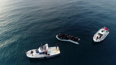 Ayvacık'tan Yunanistan'a Geçmek İsteyen Göçmenleri Sahil Güvenlik Kurtardı