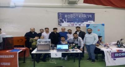 Çan MYO RoboTrak2019 Yarışmasından İki Ödülle Döndü