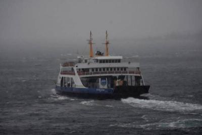 Çanakkale Boğazı, Çift Yönlü Transit Gemi Geçişlerine Kapatıldı