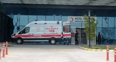 Çanakkale'de Zehirlenen 46 Öğrenci Hastaneye Kaldırıldı