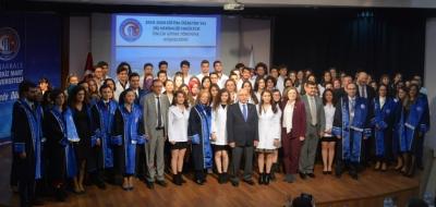 Diş Hekimliği Fakültesi Önlük Giyme Töreni Gerçekleştirildi
