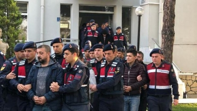 Göçmen Kaçaklığına 8 Tutuklama