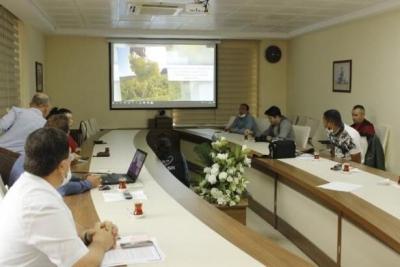 Tescillenen 'Bozcaada Çavuş Üzümü' İçin Tanıtım Toplantısı Düzenlendi