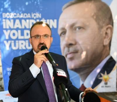 TURAN: 'GELİBOLU TARİHİ ALANINDA ALAN KILAVUZLARI GÖREVLERİNE DEVAM EDEBİLECEK'